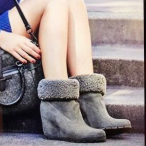 🖤UGG  Kyra Water Resistant Wedge Ankle Boots🖤
